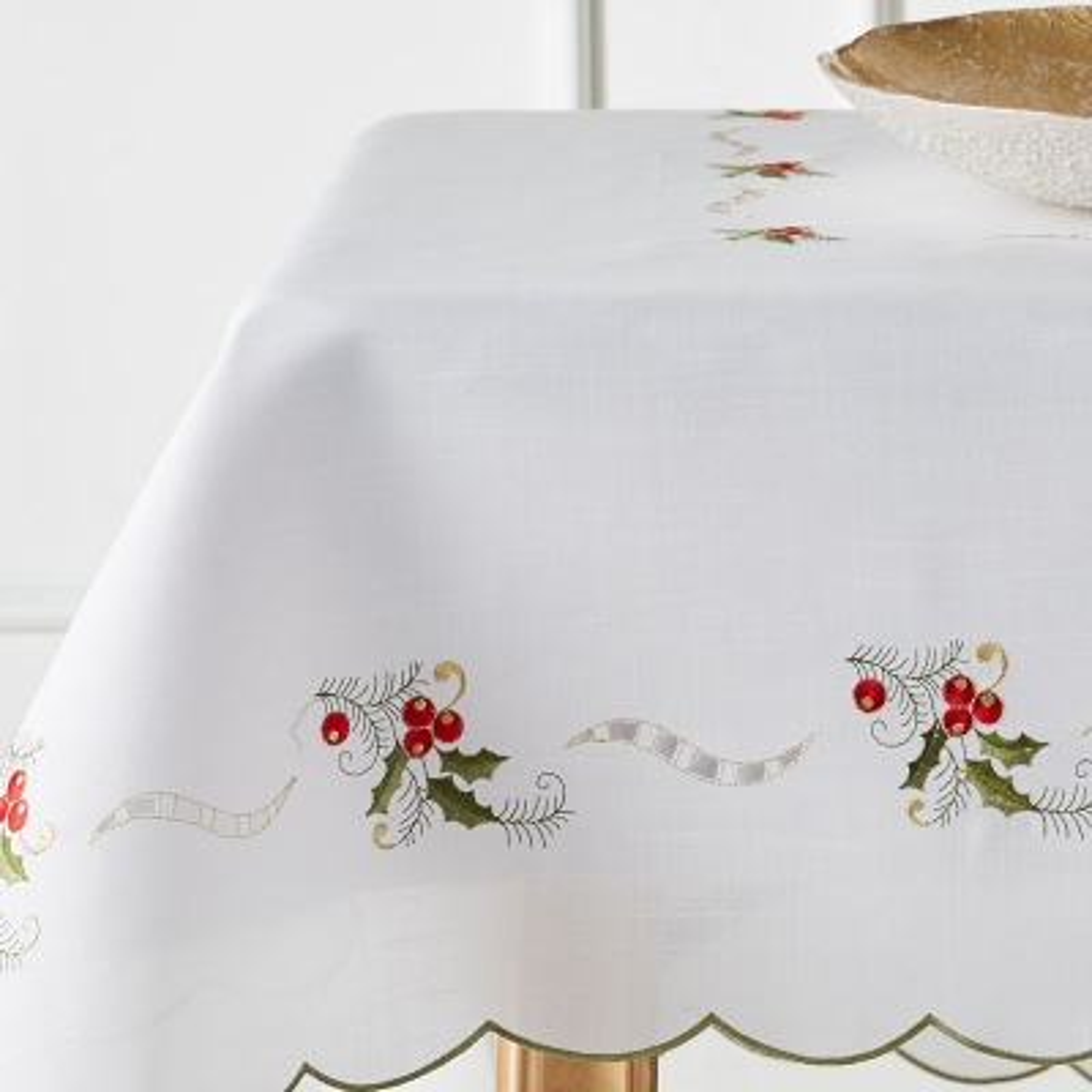 "Haus Mantel Rectangular Berries Blanco 63"" x 90"""